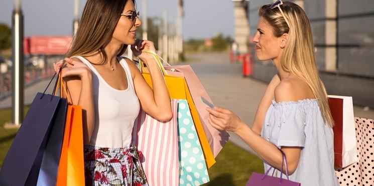 Potencial de consumo das famílias retrocede oito anos