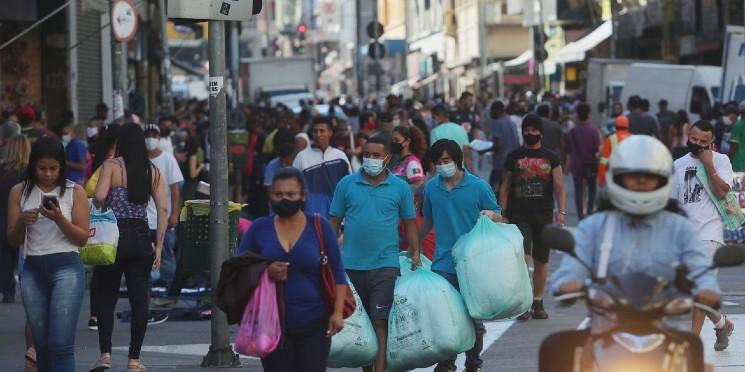 Lojistas precisam fazer sua parte para evitar aglomerações