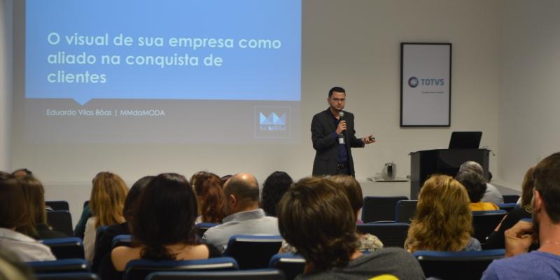 Núcleo de Sousas e Joaquim Egídio da ACIC debate visual merchandising para o final de ano