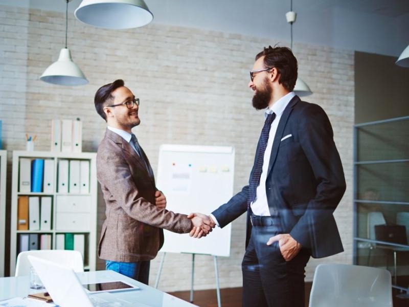 Saiba como as técnicas de negociação garantem resultados mais efetivos nas reuniões comerciais