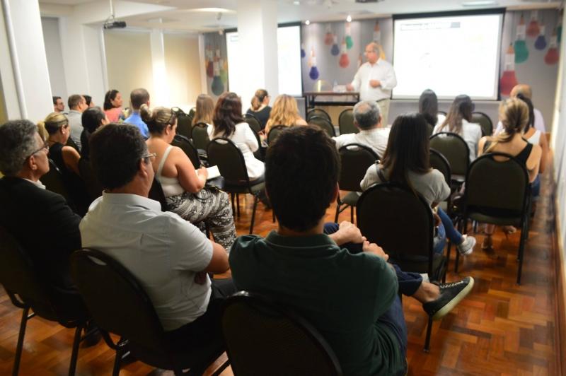 AC Qualifica garante capacitação gratuita a funcionários do varejo