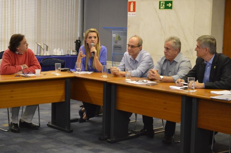 Associação debate projeto de lei sobre horário especial funcionamento após as 23h
