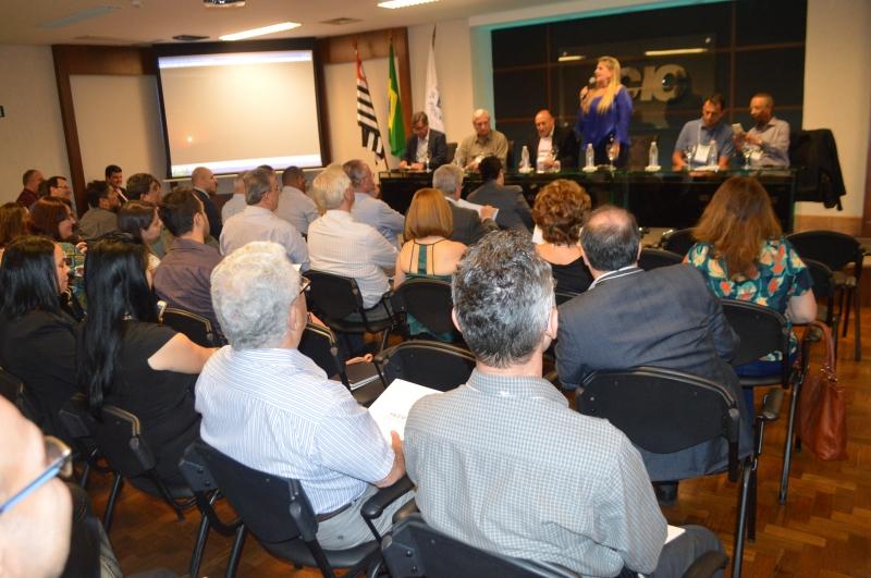 ACIC sedia reunião regional da FACESP